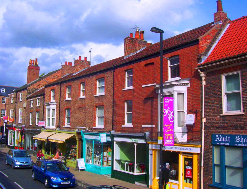 Photo of bricked up windows in York to avoid the window tax (Photo Credit: Laura Waldie)